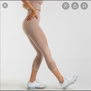 Taupe cropped gymshark leggings